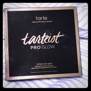 Nib Tartiest pro glow palette
